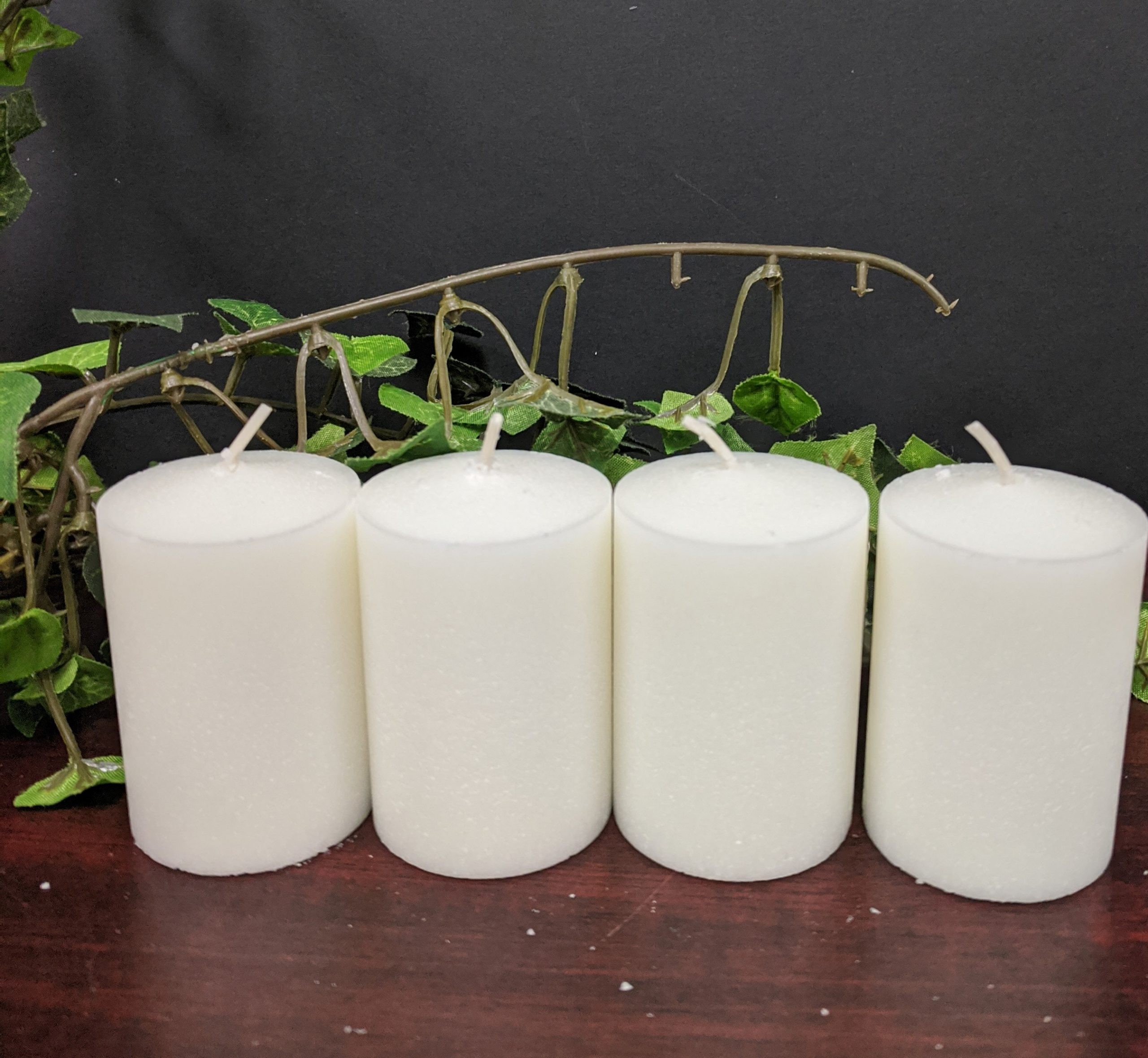 C1215 15 HR. VOTIVE- WHITE